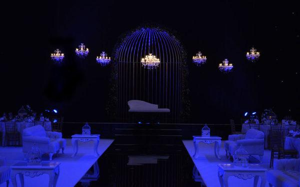 03-blue-dark-scene-Atlantis-Ballroom-wedding-golden-cage-by-eventsmania