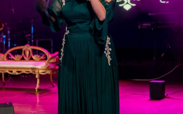 MC MUSIC HALL CEREMONY INDIAN WEDDING ZABEEL SARAY